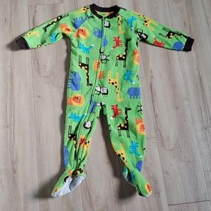 🏷3 for $10 Boys size 2 footed pajamas